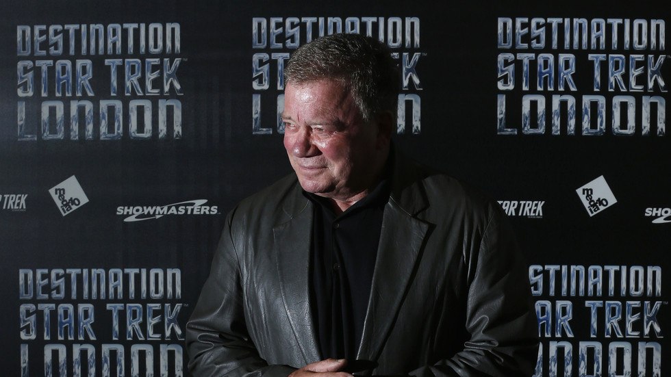 Is 'cis white male' a slur? William Shatner thinks so, triggering rage of woke Twitterati who used the term against him