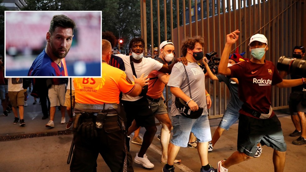 WATCH: Enraged Barcelona fans storm Nou Camp grounds 'in search of club president Bartomeu' as Messi backlash grows