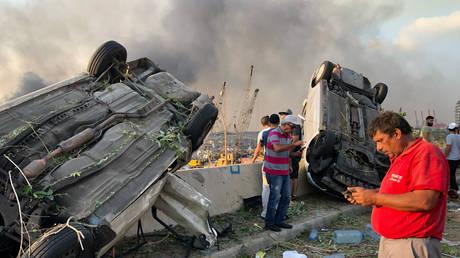BEYROUTH BLAST AFTERMATH: Certaines parties de la capitale libanaise étaient en ruines après que des explosions ont fait des dizaines de morts et des bâtiments détruits (VIDEOS)