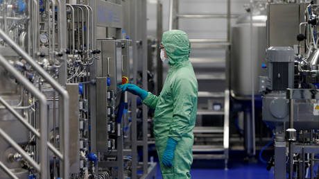 FILE PHOTO: A technician at Chinese vaccine maker CanSino Biologics in Tianjin, China November 20, 2018.