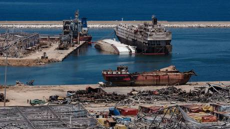 The damaged port area in the aftermath of a massive explosion in Beirut, Lebanon, August 17, 2020. © Reuters / Alkis Konstantinidis