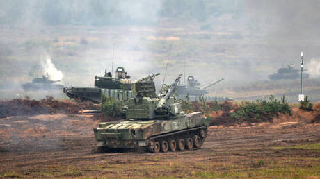 "FILE PHOTO: 2K22M ""Tunguska-M"" Gun/Missile Air Defense System is seen during the drills in Minsk region, Belarus, on September 20, 2017."
