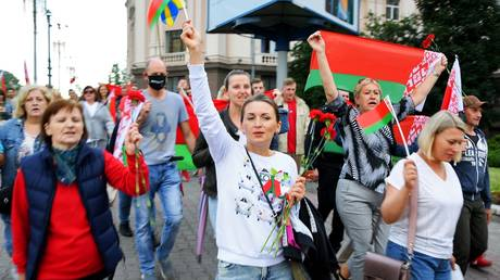 Participants of the rally of supporters of Alexander Lukashenko on Independence Avenue in Minsk.