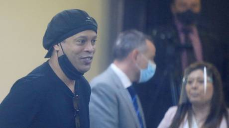 Ronaldinho appeared in court in Paraguay on Monday. © Reuters