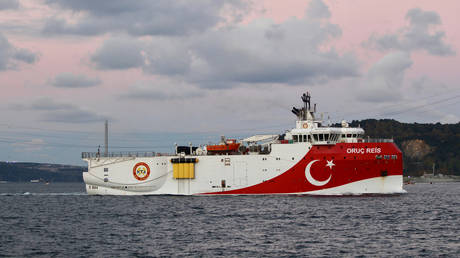 Turkish seismic research vessel Oruc Reis is set to carry out her research mission in Eastern Mediterranean © REUTERS/Yoruk Isik