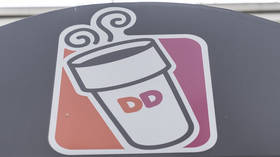 Chicago Dunkin' Donuts employee loses job, faces battery charges after trooper finds 'thick piece of mucus' in cup
