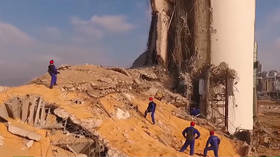 'Scene from a post-apocalyptic movie': Russian rescue operations begin at the very epicenter of Beirut explosions