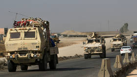Explosions reported as Iraqi Shiite militia targets US military convoy near Kuwait border – security forces