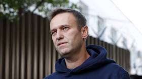 'Rapid drop in blood sugar levels' preliminary diagnosis behind Moscow protest leader Navalny's illness – medical team leader
