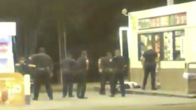 Louisiana cops shoot & kill black man as he 'walks away', tries to enter gas station 'armed with a knife' (DISTURBING VIDEOS)