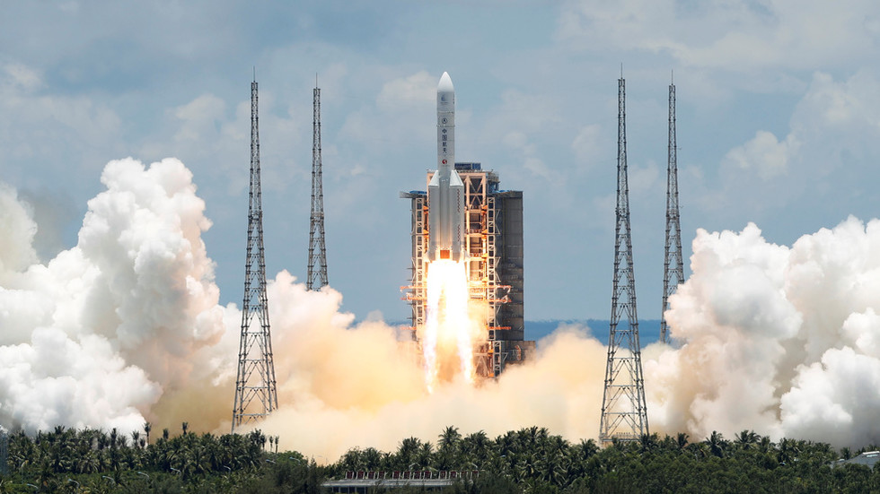 China conducts highly secretive launch of 'reusable experimental spacecraft'