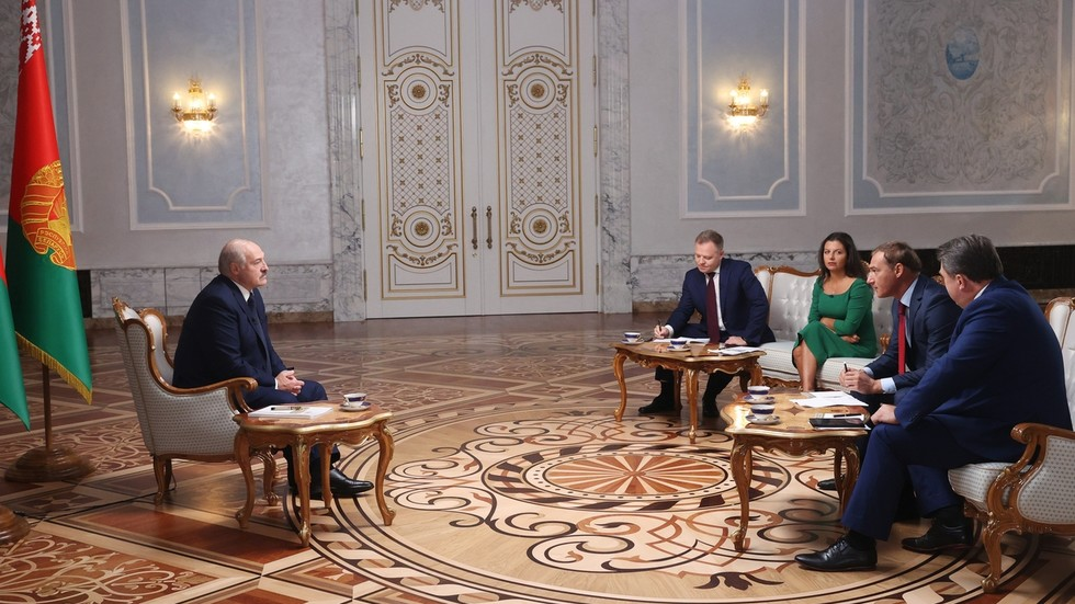 Lukashenko claims he must protect 'majority' who voted for him: 'If I fall, those who stand with me will be slaughtered'