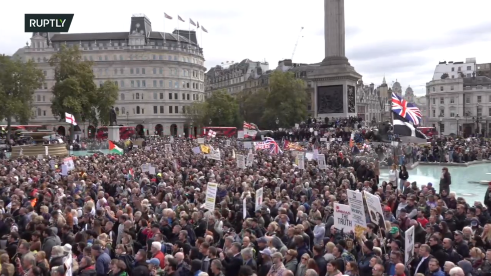 'We do not consent': London rally against Covid-19 measures draws huge crowds (PHOTOS, VIDEO)