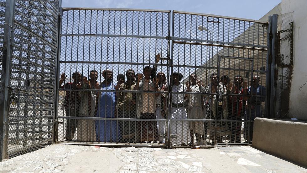 UN, Red Cross hail Yemen gov't-Houthis prisoner deal