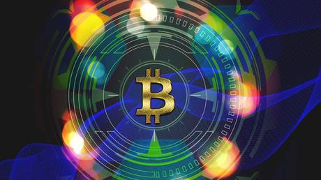 'I was wrong about bitcoin,' says gold bug Peter Schiff