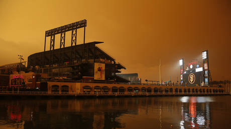 MLB, NFL and NBA venues have been affected by the glow caused by California wildfires © Getty Images / Lachlan Cunningham