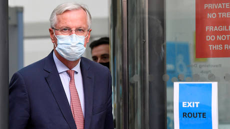 EU chief negotiator Michael Barnier is seen leaving the EU-Brexit talks in central London, Britain, September 10, 2020. © Reuters / Toby Melville