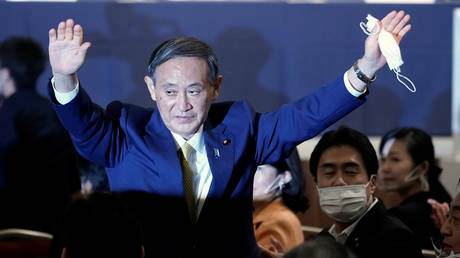 Japanese Chief Cabinet Secretary Yoshihide Suga wins the ruling party at the Liberal Democratic Party's (LDP) leadership election in Tokyo, Japan. September 14, 2020. © Reuters/Eugene Hoshiko