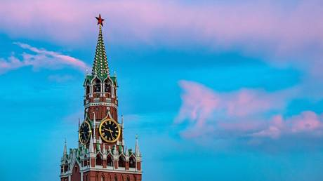 Survey reveals most Russians prioritise high living standards & peace over status: Only 31%  want their country to be a superpower