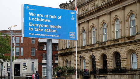 An informational billboard in Blackburn, Britain, July 16, 2020. © Reuters / Phil Noble