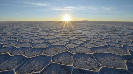 FILE PHOTO: World's largest deposits of lithium, Salar de Uyuni, Bolivia © Global Look Press / Harald von Radebrecht