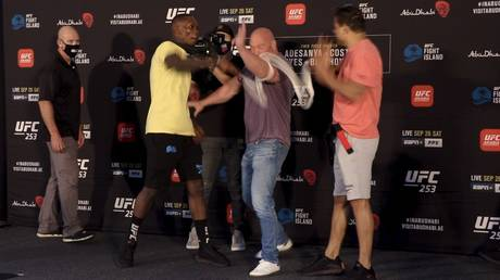 Tensions flared between Israel Adesanya and Paulo Costa ahead of UFC 253. © RT Sport