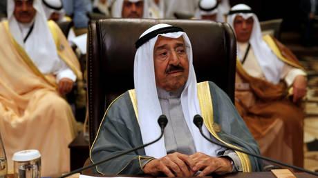 FILE PHOTO: Sabah Al-Ahmad Al-Jaber Al-Sabah attending the 28th Ordinary Summit of the Arab League in 2017. © REUTERS/Mohammad Hamed