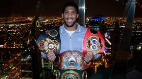'I'm here and ready': Anthony Joshua calls for Tyson Fury fight, says rival should 'retire soon'