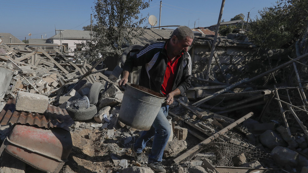 Armenia & Azerbaijan declare 'humanitarian ceasefire' in Nagorno-Karabakh starting Sunday
