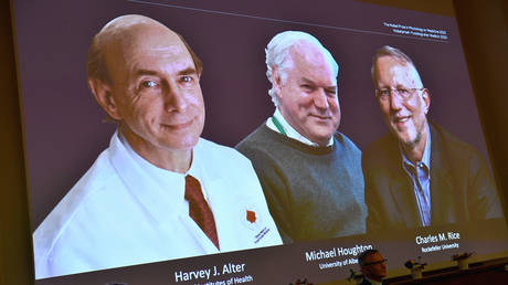 Harvey J. Alter, Michael Houghton and Charles M. Rice seen on screen during announcement of Nobel prize winners, Stockholm, Sweden October 5, 2020. © Claudio Bresciani/TT News Agency/via REUTERS