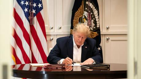 FILE PHOTO: U.S. President Donald Trump © Reuters /The White House/ Joyce N. Boghosia