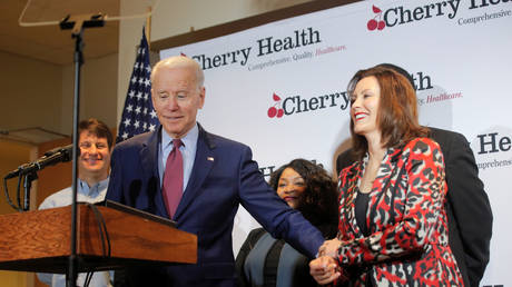 Michigan Governor Gretchen Whitmer (R) welcomed Democrat presidential candidate Joe Biden when he campaigned in the state in March.