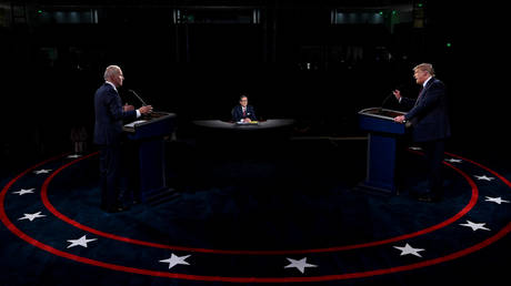 U.S. President Donald Trump and Democratic presidential candidate, former Vice President Joe Biden participate in the first presidential debate at Case Western University and Cleveland Clinic, in Cleveland, Ohio, U.S., September 29, 2020.