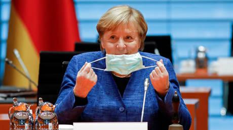 German Chancellor Angela Merkel at the Chancellery in Berlin, October 7, 2020. © Reuters / Markus Schreiber / Pool