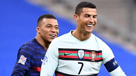 Ronaldo and Mbappe met in the UEFA Nations League. © AFP