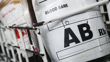 People with the A and AB blood types were found to suffer more severely than others if they contract Covid-19. © Global Look Press / 007 David Parry