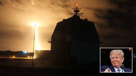 Intercept flight test of a land-based Aegis Ballistic Missile in Kauai, Hawaii ©  Handout via Reuters/U.S. Missile Defense Agency/Leah Garton; inset © REUTERS/Tom Brenner