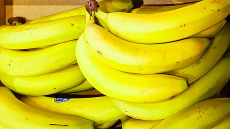 From bendy banana 'bans' to vegan sausages being renamed 'tubes,' UK's 45-year food fight with EU won't end with Brexit