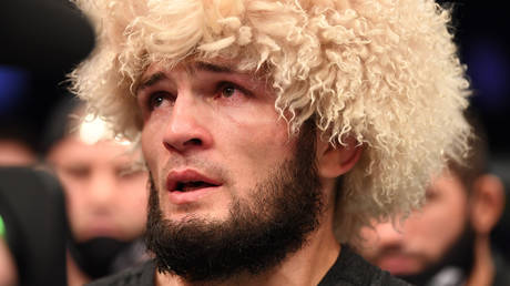 Khabib was emotional after his victory over Justin Gaethje. © Getty Images / Zuffa LLC