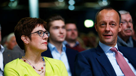Christian Democratic Union (CDU) candidates for the party chair Annegret Kramp-Karrenbauer and Friedrich Merz © Reuters / Thilo Schmuelgen