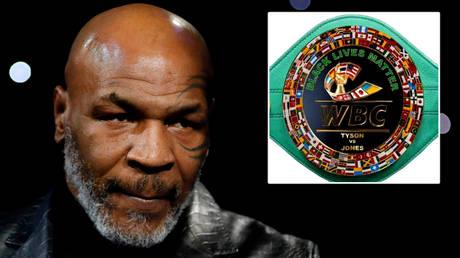 Mike Tyson (left) and Roy Jones Jr will fight for the Frontline Battle Belt © Steve Marcus / Reuters | © Twitter / arielhelwani
