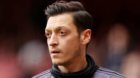 Arsenal midfielder Mesut Ozil has reportedly followed in the footsteps of Marcus Rashford by supporting schools in the UK © Action Images via Reuters/John Sibley