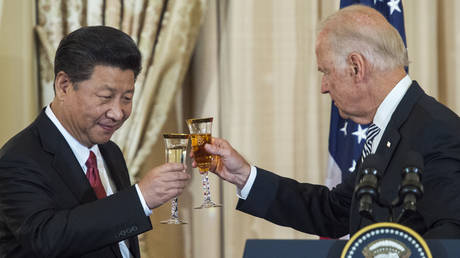 US Vice President Joe Biden and Chinese President Xi Jinping on September 25, 2015