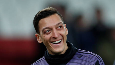 Ozil has been praised again by fans online. © Reuters