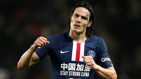 'Panicking' or 'great signing'? Fans split as Man Utd confirm arrival of former PSG star Edinson Cavani in £10 million-a-year deal