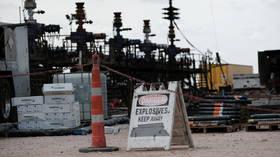 Harris claims Biden WILL NOT ban fracking – despite VIDEO of herself & Biden saying the opposite