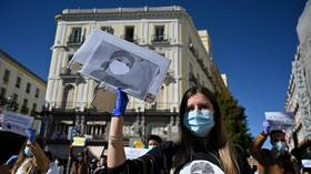 Spanish nurses protest in Madrid, demanding end to workplace 'abuses' amid coronavirus pandemic (VIDEO)