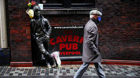Pubs and restaurants shut for a month as government gets tough on Covid-19 in Northern Ireland