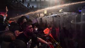 WATCH: Thai police blast anti-govt protesters with water cannons amid massive deployment in Bangkok