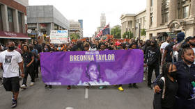 'Disgusting': Viewers react to ABC interview of cop involved in Breonna Taylor shooting as he bemoans her killing's effect on HIM